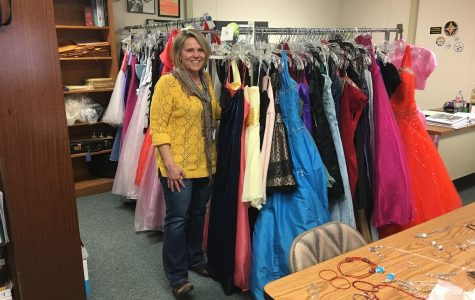 Free formal wear in T-12 April 2, 5, 9 and 12