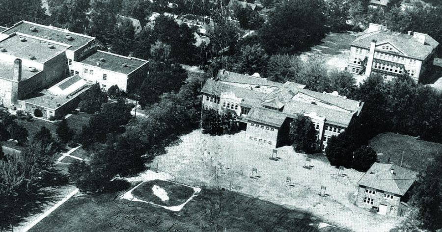 Lewiston High Schools campus layout in 1950, without the science building.