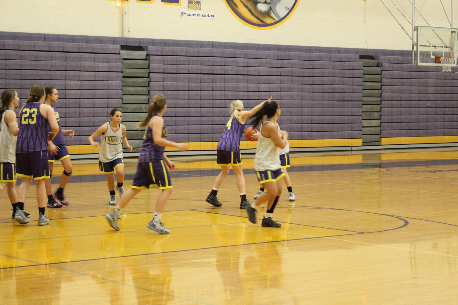 LHS girls varsity practice for upcoming game.