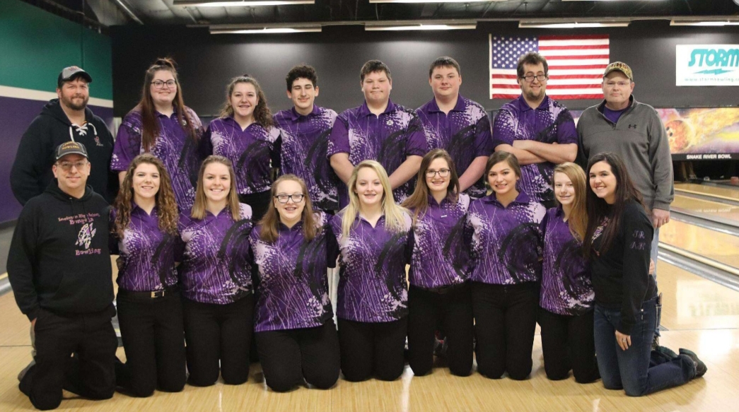 Lewiston bowlers compete at state in Spring 2019.