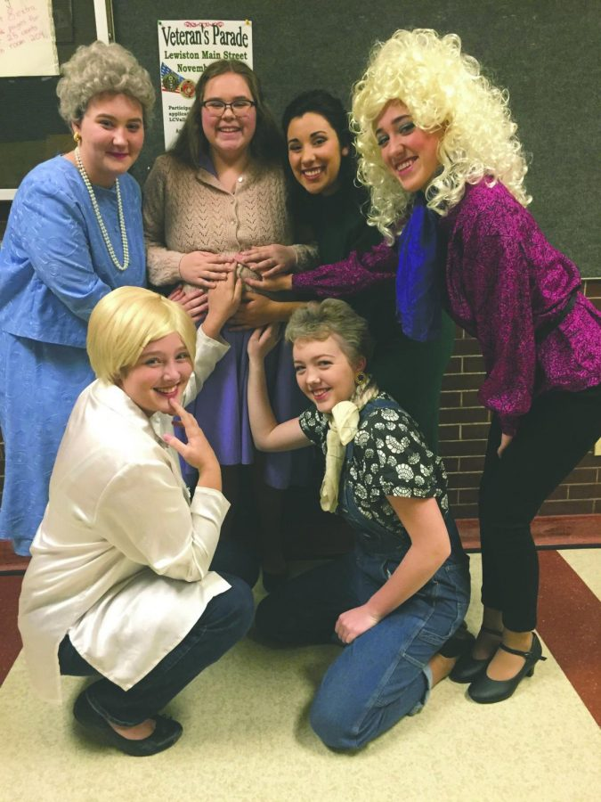 The+cast+of+Steel+Magnolias+shares+a+touching+moment+after+a+show.+Photo+courtesy+of+LHS+Drama.