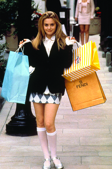 Cher (Alicia Silverstone) is the shopaholic daughter of a wealthy lawyer.