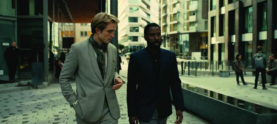 Neil (Pattinson) calmly explains that he'd like to crash a plane.