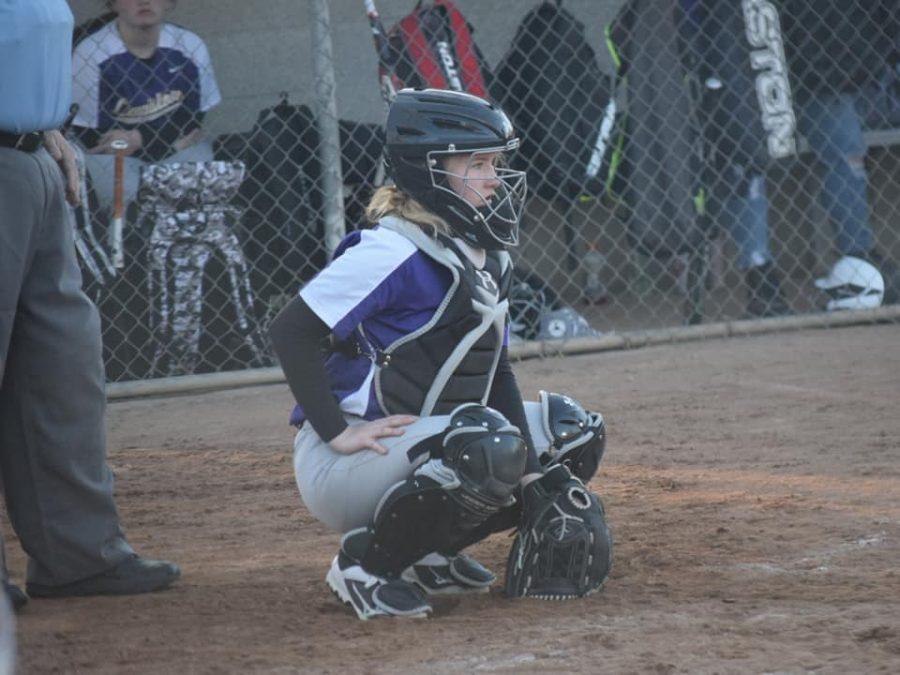 Softball+swings+into+a+winning+season