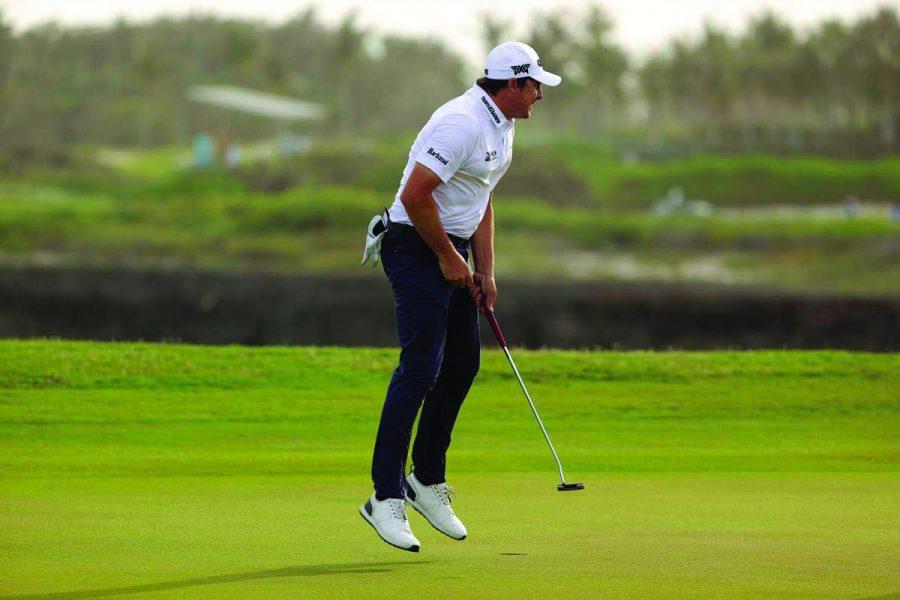 Dahmen+celebrates+his+success+PGA+tour+success+on+March+28%2C+2021.+Photo+courtesy+of+the+Lewiston+Tribune.